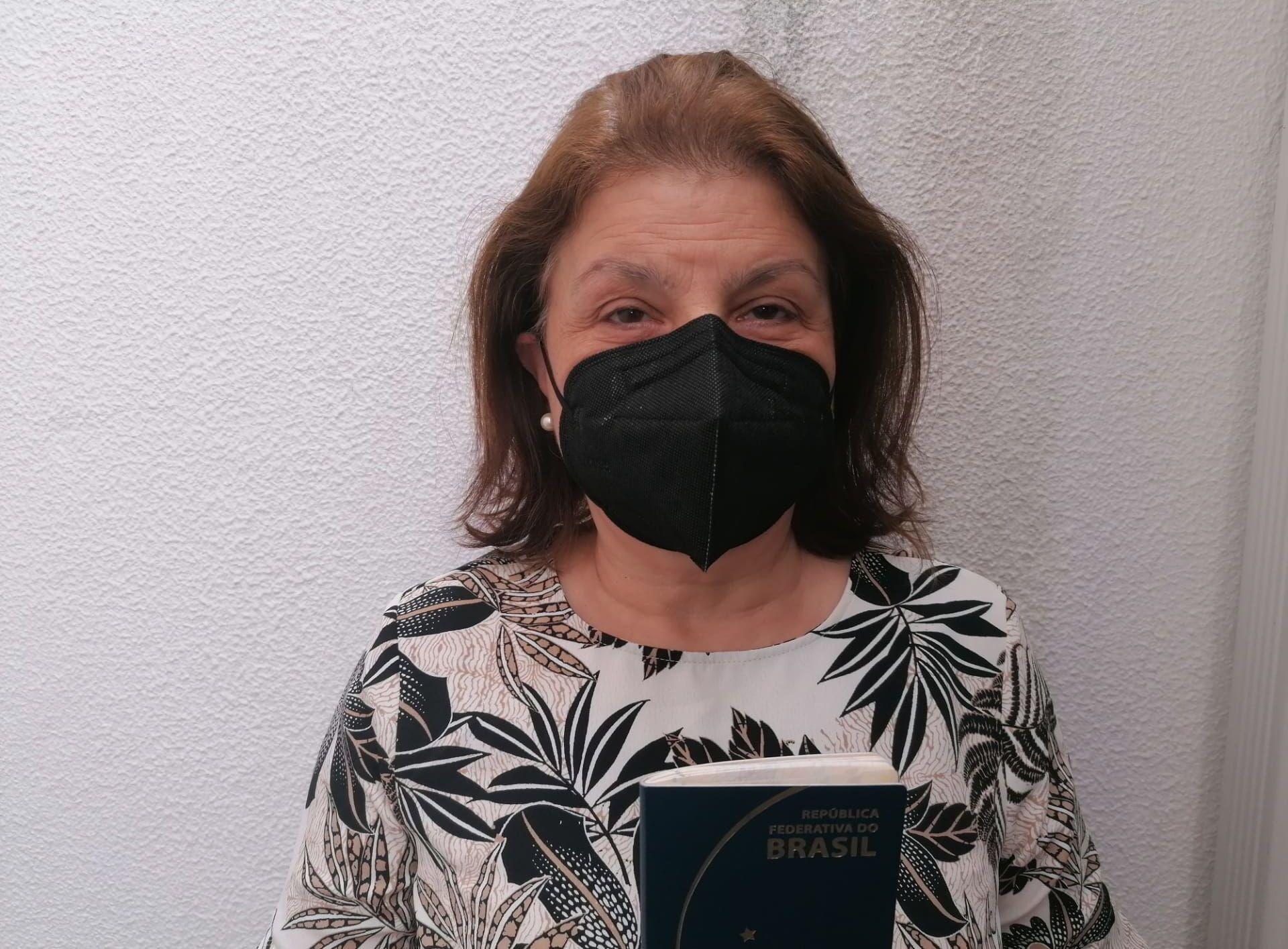 A gaúcha Maria Clarice Nunes, de 61 anos, tenta tomar a vacina há meses
