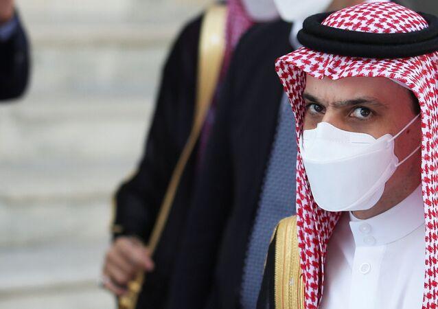 O ministro das Relações Exteriores da Arábia Saudita, Faisal bin Farhan Al-Saud, chega para participar da reunião do G20 de ministros das Relações Exteriores e do Desenvolvimento em Matera, Itália, em 29 de junho de 2021