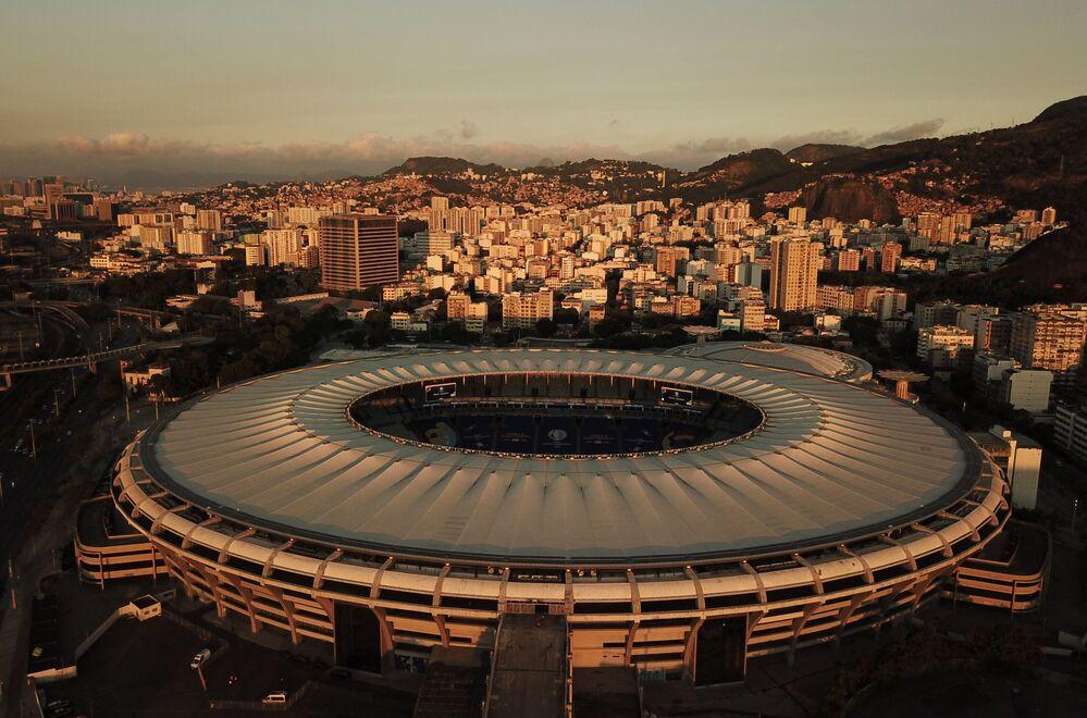 Estádio de Maracanã na véspera do jogo entre o Brasil e a Argentina na final da Copa América, 9 de julho de 2021