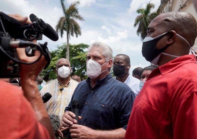 Presidente cubano Miguel Díaz-Canel em meio aos protestos em Cuba, 11 de julho de 2021