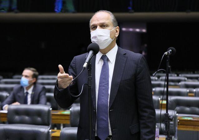 Deputado Ricardo Barros (PP-PR) em discussão e votação de propostas na Câmara, 21 de junho de 2021