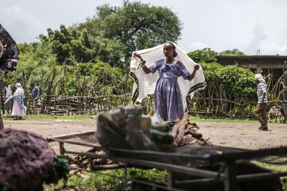 Mulher no mercado de Dansha, Etiópia