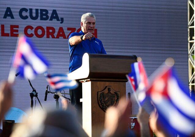 Presidente cubano Miguel Diaz-Canel durante ato de reafirmação revolucionária em Havana, em 17 de julho de 2021