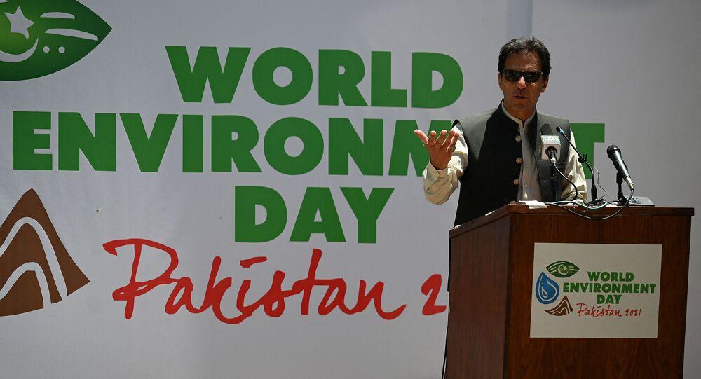 O primeiro-ministro do Paquistão, Imran Khan, em evento no noroeste de Khyber Pakhtunkhwa, Paquistão. Foto de arquivo