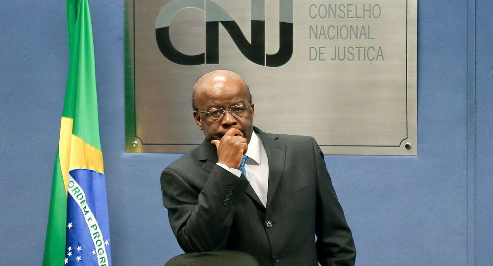 Ministro Joaquim Barbosa preside sessão do CNJ (Conselho Nacional de Justiça), Brasília, 3 de junho de 2014