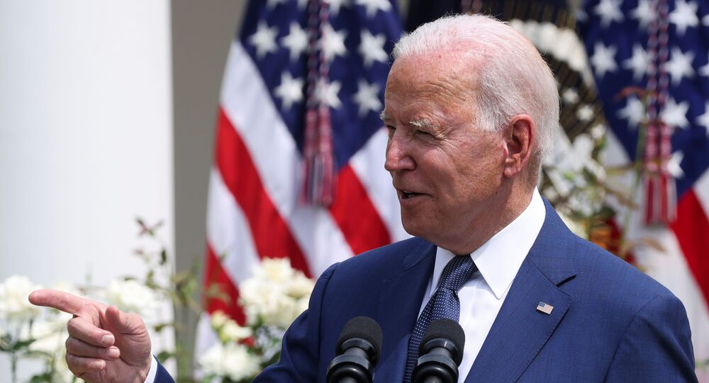 O presidente dos EUA, Joe Biden, faz comentários durante um evento para comemorar o 31º aniversário da Lei dos Americanos com Deficiências (ADA) no White House Rose Garden em Washington, EUA, em 26 de julho de 2021