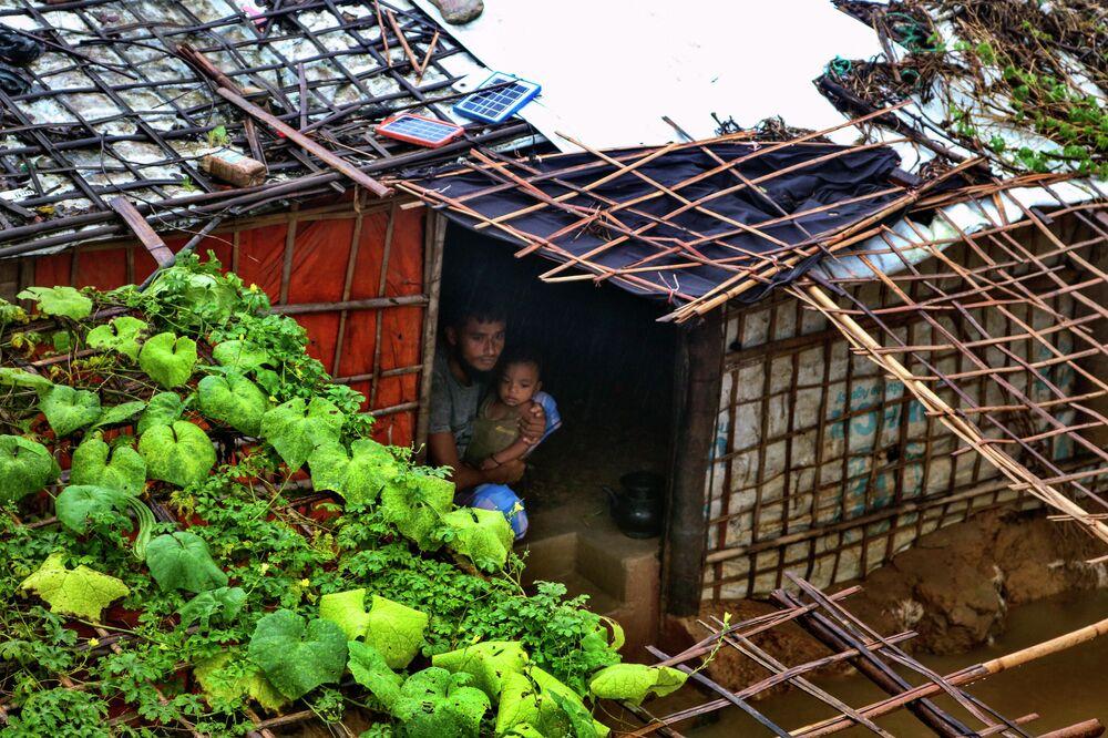 Refugiados Rohingya após chuvas fortes, Bangladesh, 28 de julho de 2021