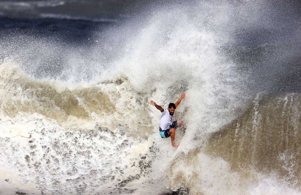 Brasileiro Ítalo Ferreira conquista o ouro nos Jogos Olímpicos do Japão, 27 de janeiro de 2021