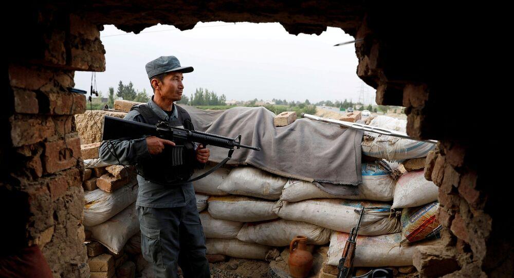 Soldado afegão nos arredores de Cabul, Afeganistão, 13 de julho de 2021