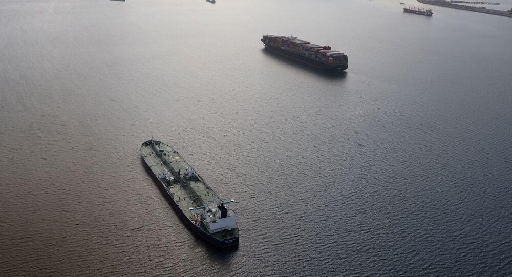 Petroleiros no mar (imagem referencial)