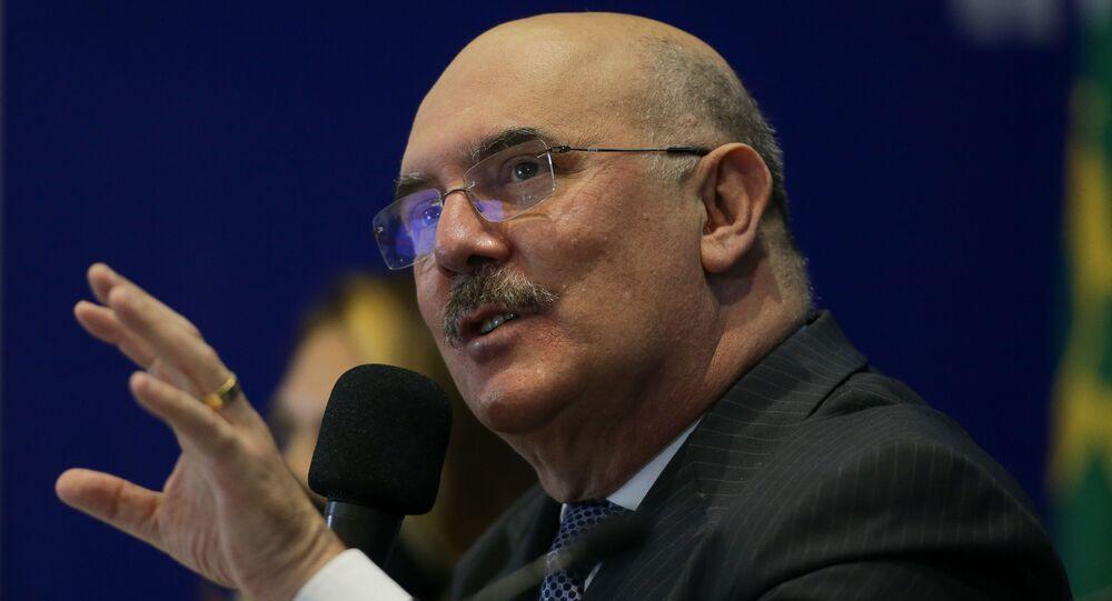 O ministro da Educação, Milton Ribeiro, durante coletiva de imprensa para apresentar os resultados do IDEB, na sede do INEP, em Brasília, 15 de setembro de 2020