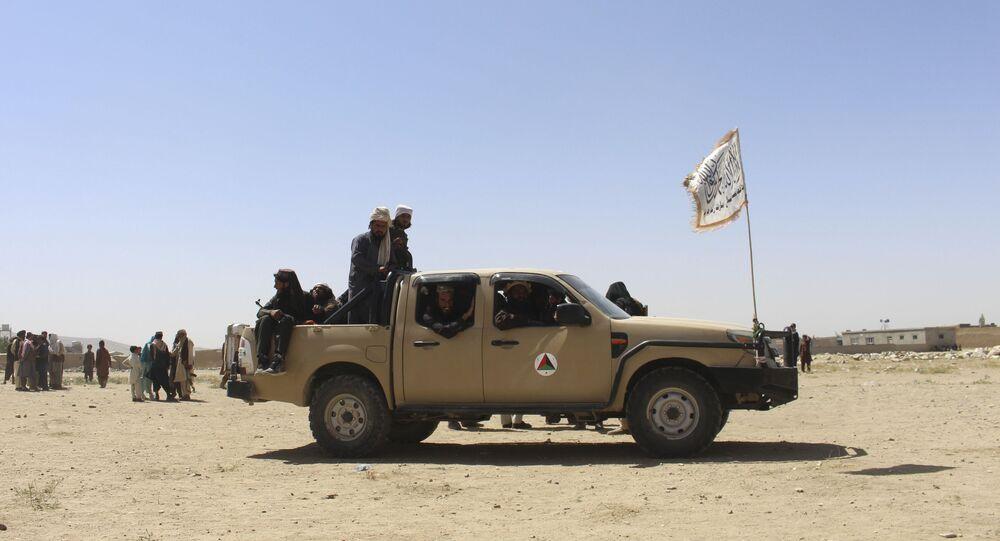 Militantes do Talibã na cidade de Ghazni, Afeganistão, 13 de agosto de 2021