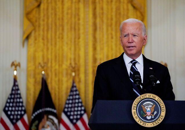 Joe Biden, presidente dos EUA, discursa na Sala Leste da Casa Branca, em Washington, EUA, 18 de agosto de 2021