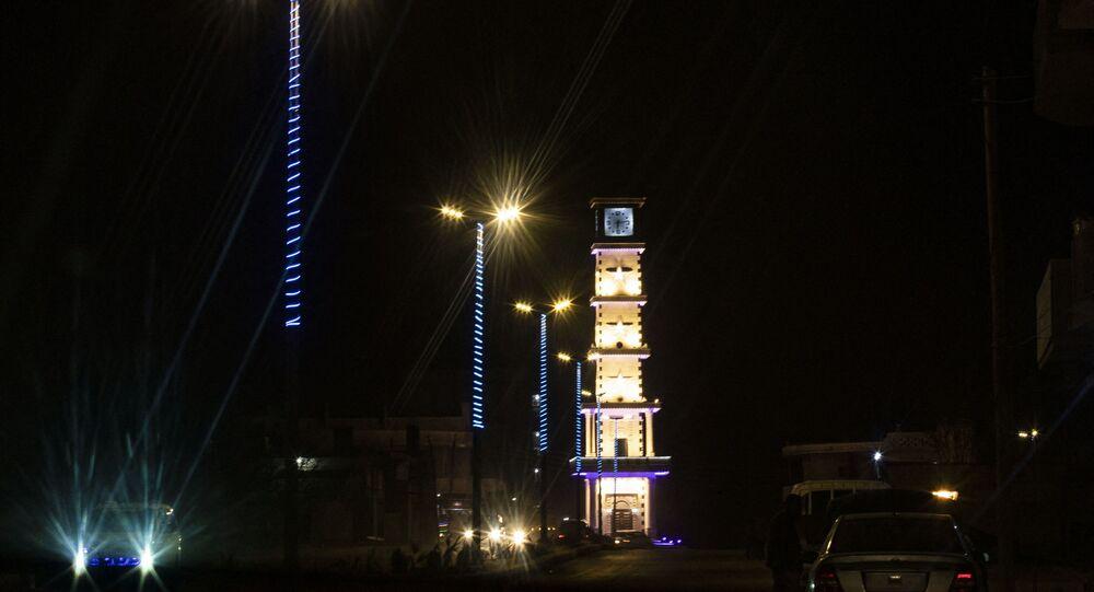 Cidade de Kobani, Síria, à noite (imagem referencial)