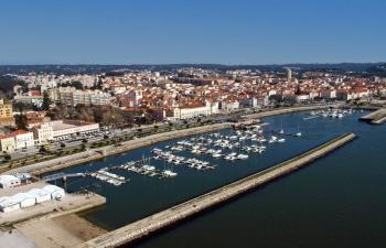 Vista aérea do Porto de Figueira da Foz, em Portugal