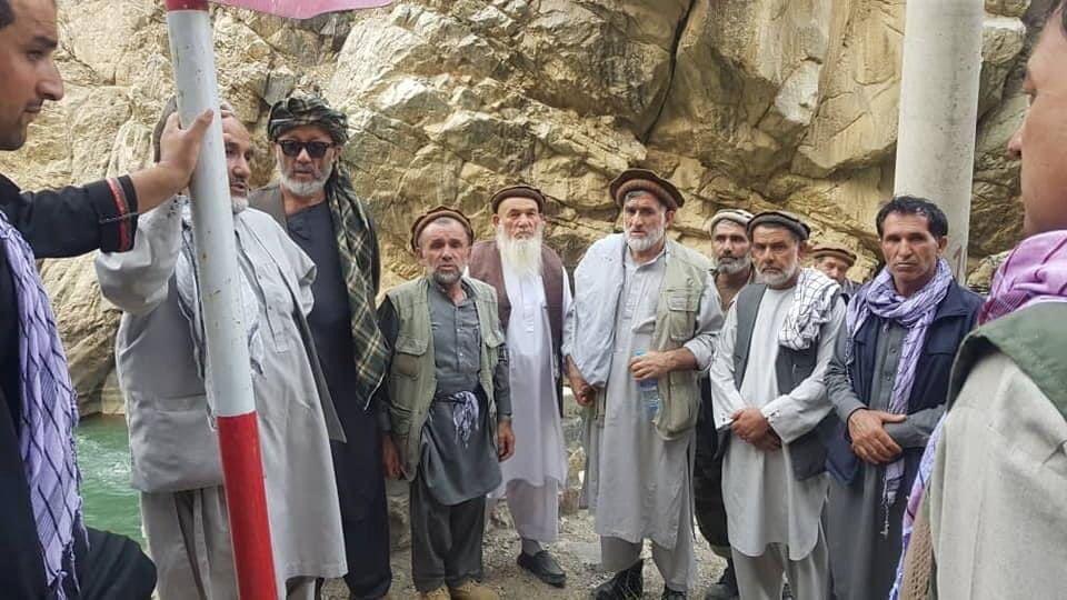 Comandantes anti-soviéticos e anti-Talibã se reúnem no Vale do Panjshir, Afeganistão, em 23 de agosto de 2021