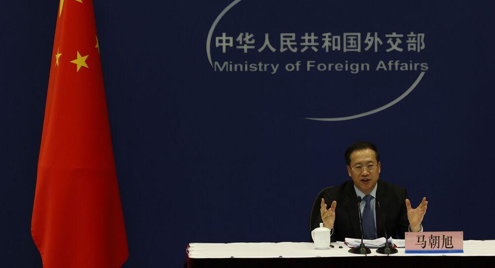 Ma Zhaoxu, vice-ministro chinês das Relações Exteriores, fala durante coletiva de imprensa no Ministério das Relações Exteriores chinês em Pequim, China, 22 de abril de 2021