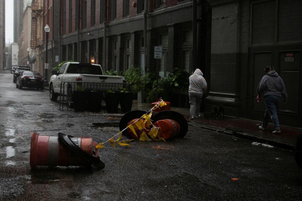 Destruições na sequência do furacão Ida em Nova Orleans, 29 de agosto de 2021