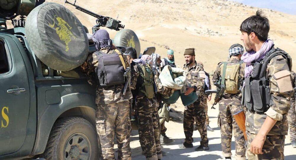 Forças de resistência em Panjshir, Afeganistão
