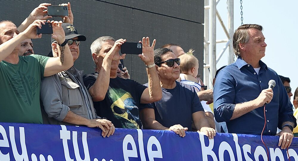 Os Ministro Bento Albuquerque, Braga Neto e Damares e o vice-presidente Hamilton Mourão durante ato do 7 de Setembro, realizado na cidade de Brasília, DF, 7 de setembro de 2021