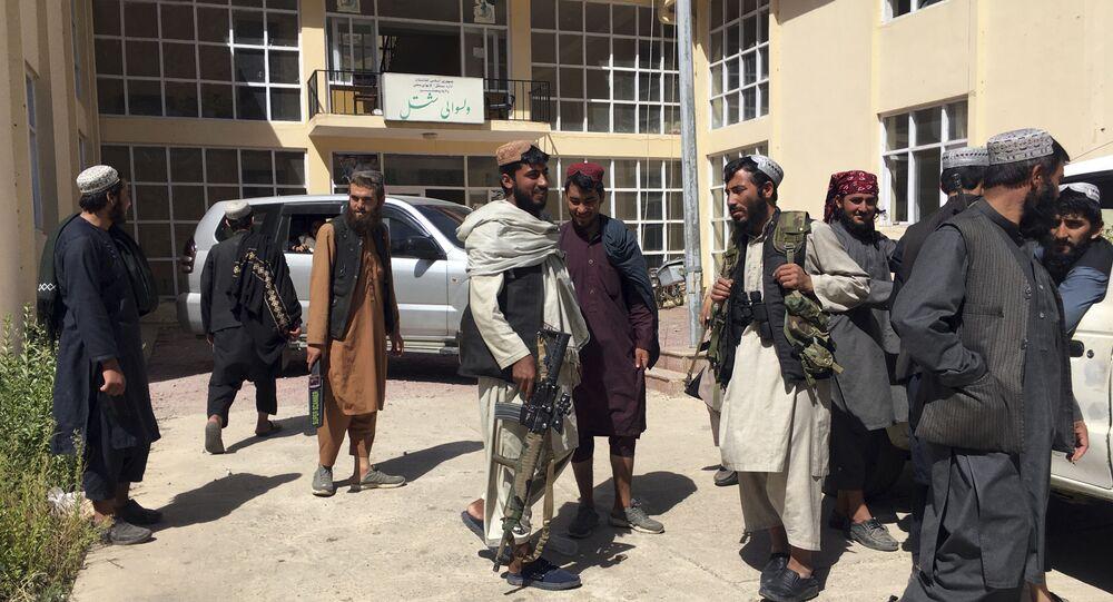 Combatentes do Talibã na província de Panjshir, Afeganistão, 8 de setembro de 2021