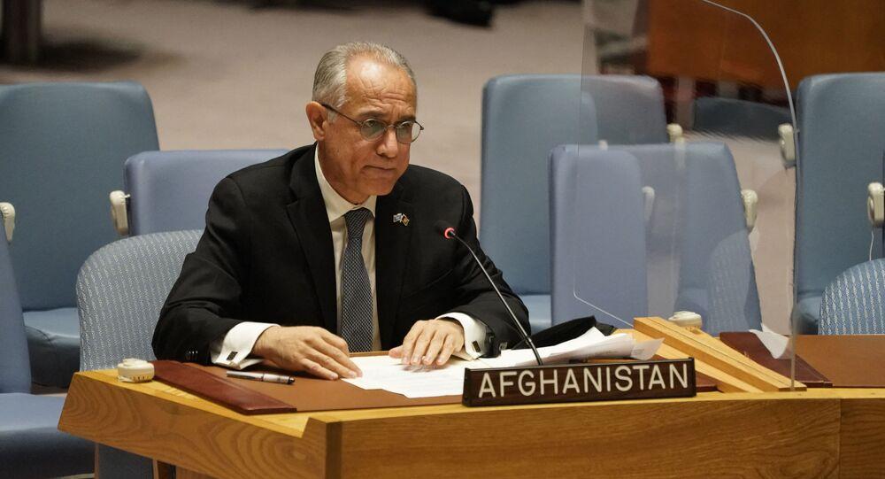 O embaixador do Afeganistão nas Nações Unidas, Ghulam M. Isaczai, fala durante reunião do Conselho de Segurança da ONU. Foto de arquivo