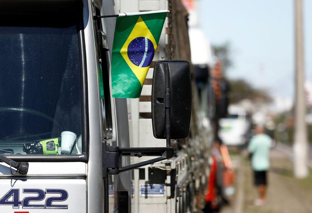 Caminhoneiros protestando a favor do presidente brasileiro, Jair Bolsonaro, 9 de setembro de 2021