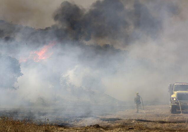 Incêndio no condado de San Diego, Califórnia, EUA