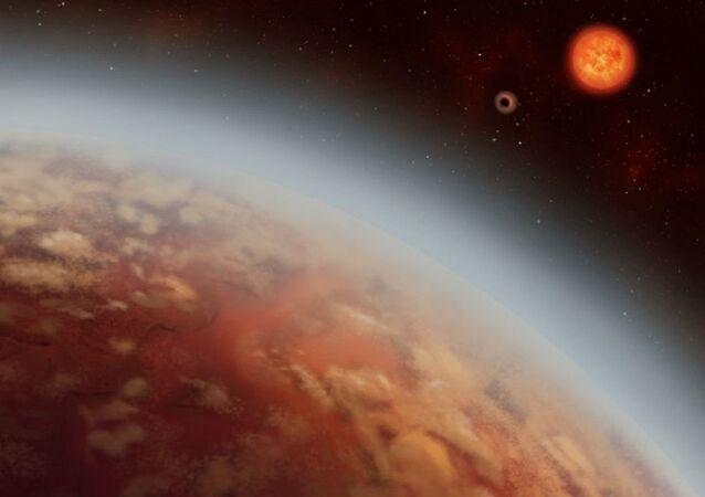 O planeta K2-18b e o recém-descoberto K2-18c, orbitam sua estrela K2-18 (anã vermelha), localizada à distância de 124 anos-luz da Terra na constelação de Leo (apresentação artística)