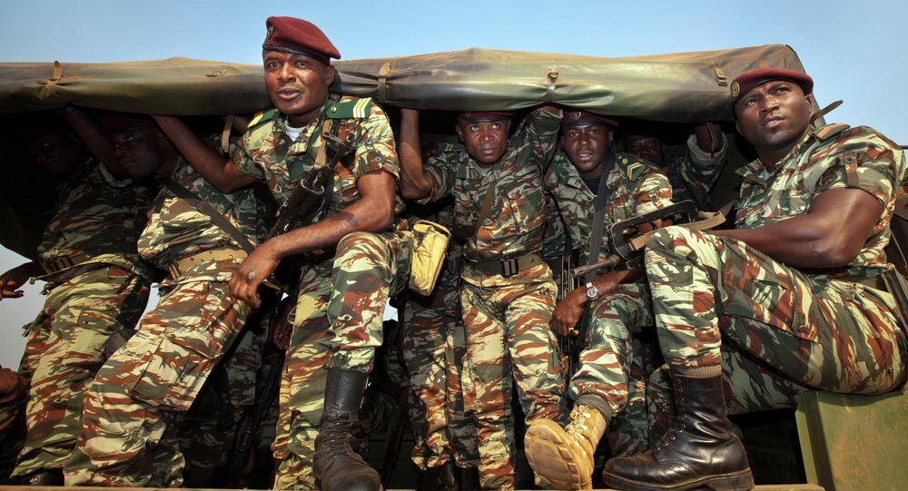 Soldados dos Camarões (foto de arquivo)