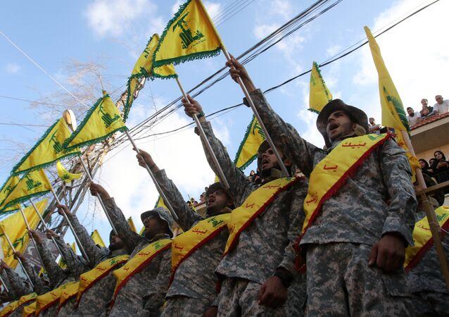 Membros do movimento xiita libanês Hezbollah