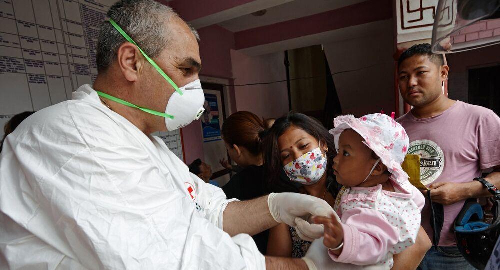 Médico russo no Nepal