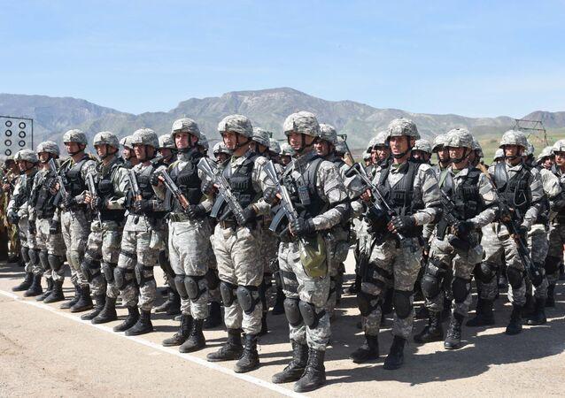 Exercícios militares da Rússia e Tajiquistão na região de Khatlon, Tajiquistão