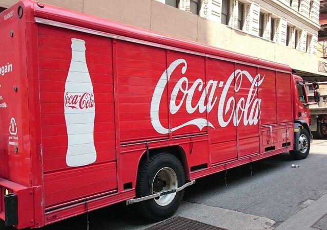 Caminhão com Coca Cola