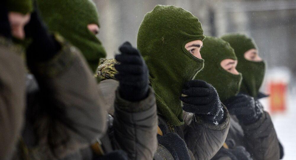 Militares russos.