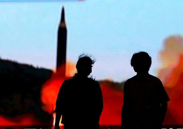 Lançamento de míssil balístico norte-coreano (foto de arquivo)