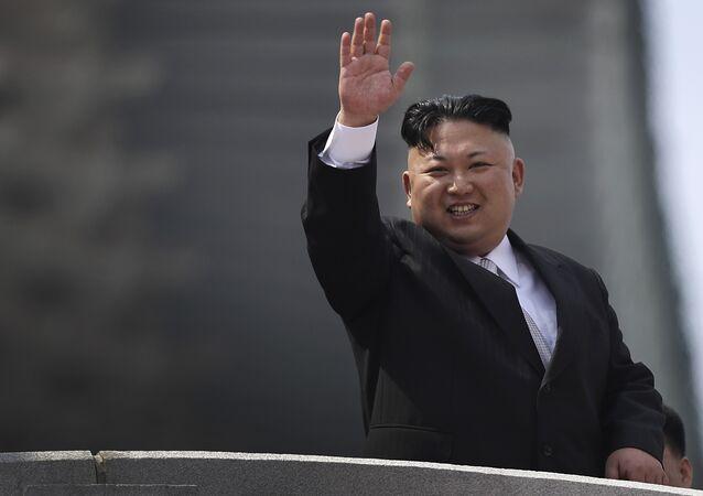 2017 também foi marcado por repetidos testes balísticos da Coreia do Norte e até mesmo um teste nuclear. Na foto, o líder norte-coreano Kim Jong-un.