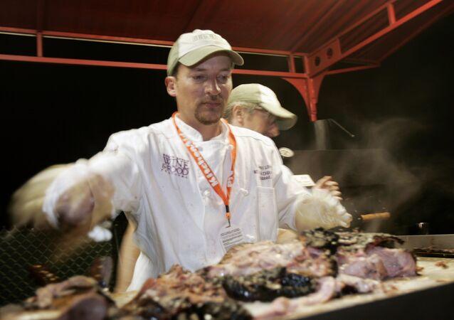 Pernil de porco servido nos EUA, estado de Alabama