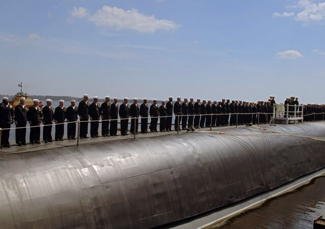 Tripulantes do submarino nuclear norte-americano USS Georgia na base naval Kings Bay (foto de arquivo)