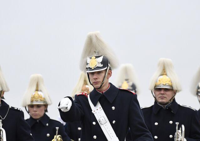 Membros do exército sueco em Malmo, Suécia