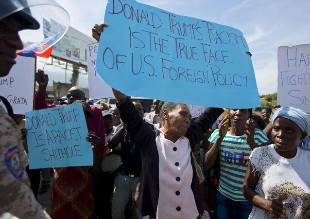 Protesto contra Trump no Haiti.