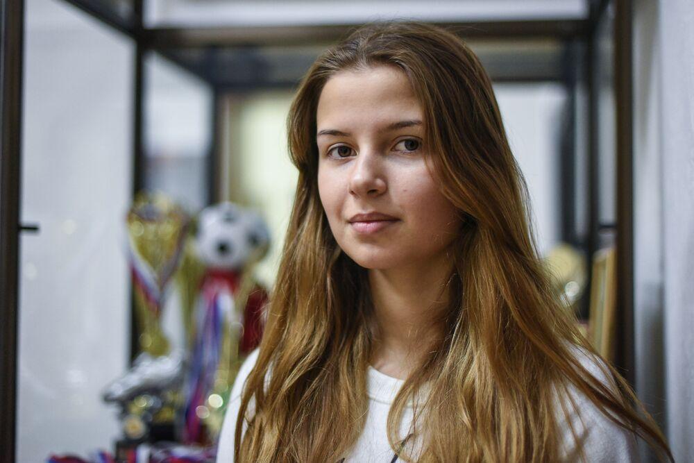 Estudante da Universidade Estatal Humanitário-Econômica de Moscou, Svetlana Nikiforova, nadadora paralímpica russa