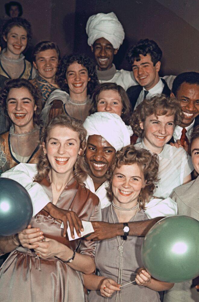 Festa da amizade dos estudantes da Universidade Estatal Lomonosov, 1960