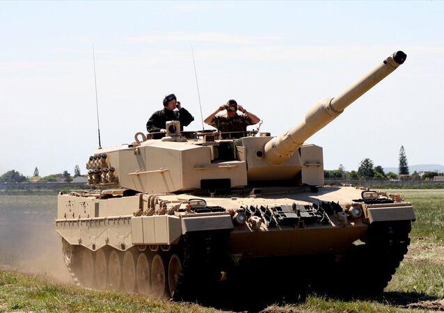 Tanque Leopard 2A4.
