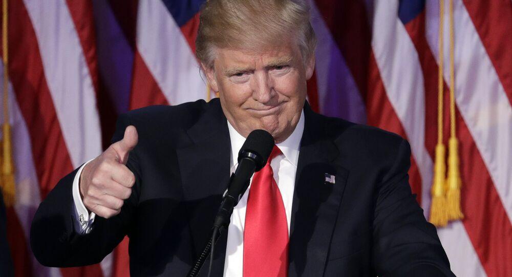 Presidente dos EUA, Donald Trump, em discurso em Nova York. 9 de novembro de 2016
