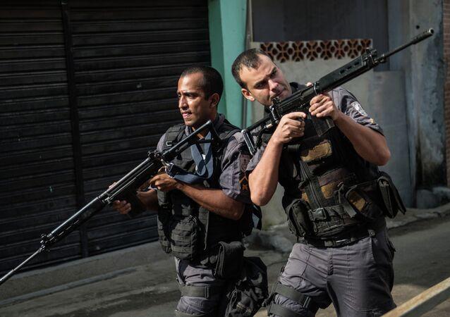 Policiais militares no Rio de Janeiro.