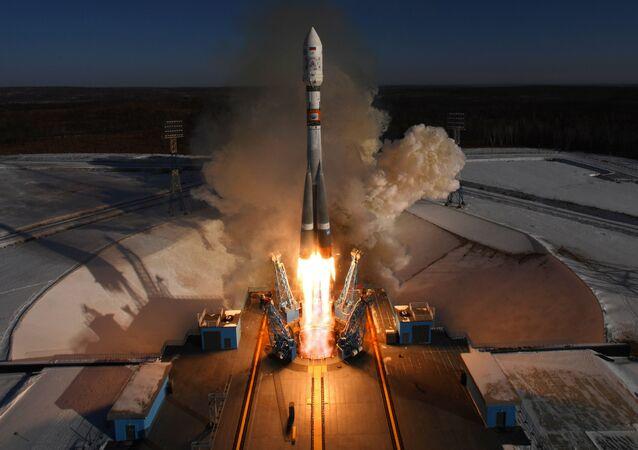 Lançamento de foguete-portador Soyuz-2.1a do cosmódromo Vostochny