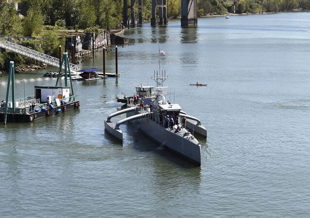 Novo submarino não tripulado estadunidense Sea Hunter