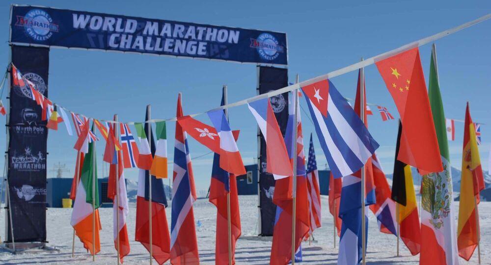 World Marathon Challenge no gelo