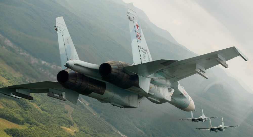 Caças russos Su-27 (imagem referencial)